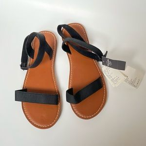 NWT Abercrombie Ankle Wrap Sandals